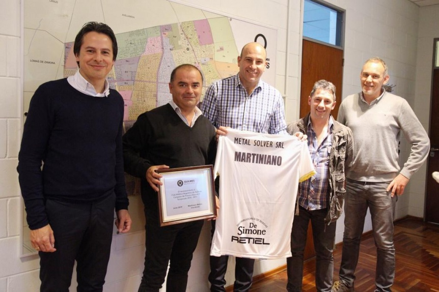 El Intendente recibi� a dirigentes de Argentino de Quilmes
