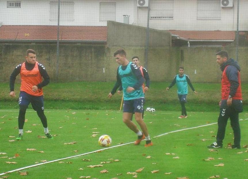 Quilmes hizo trabajos t�cnicos-t�cticos y se sum� Leandro Gonz�lez