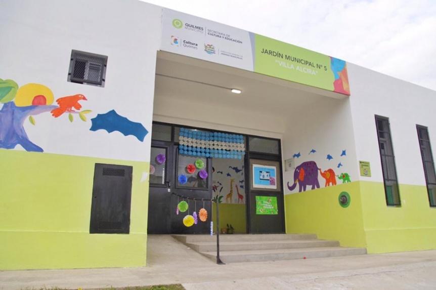 El Jardín de Infantes Municipal Nº 5 de Villa Alcira celebró su primer aniversario