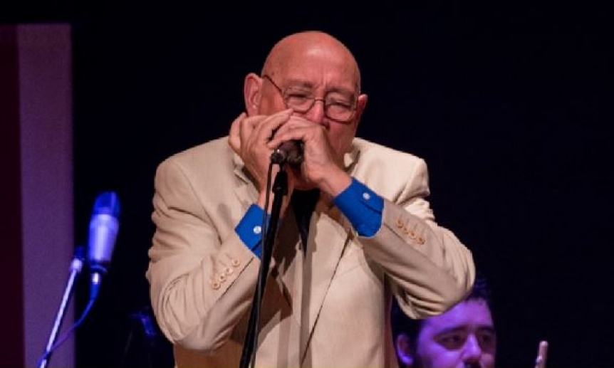 Paco Garrido, su arm�nica y su conjunto actuar�n en el Teatro Municipal