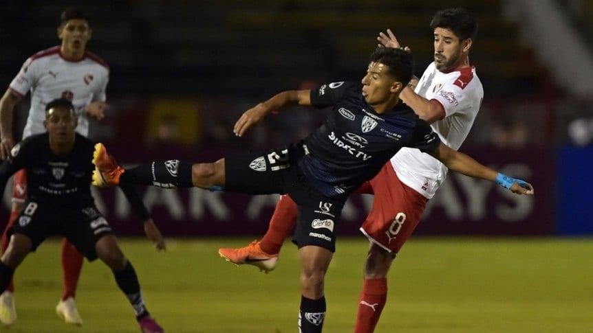 Independiente perdi� en Ecuador y qued� eliminado en cuartos de final